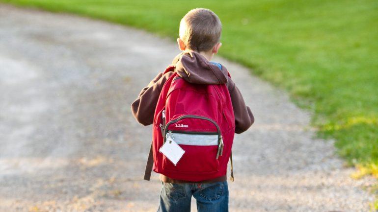 skolni batohy