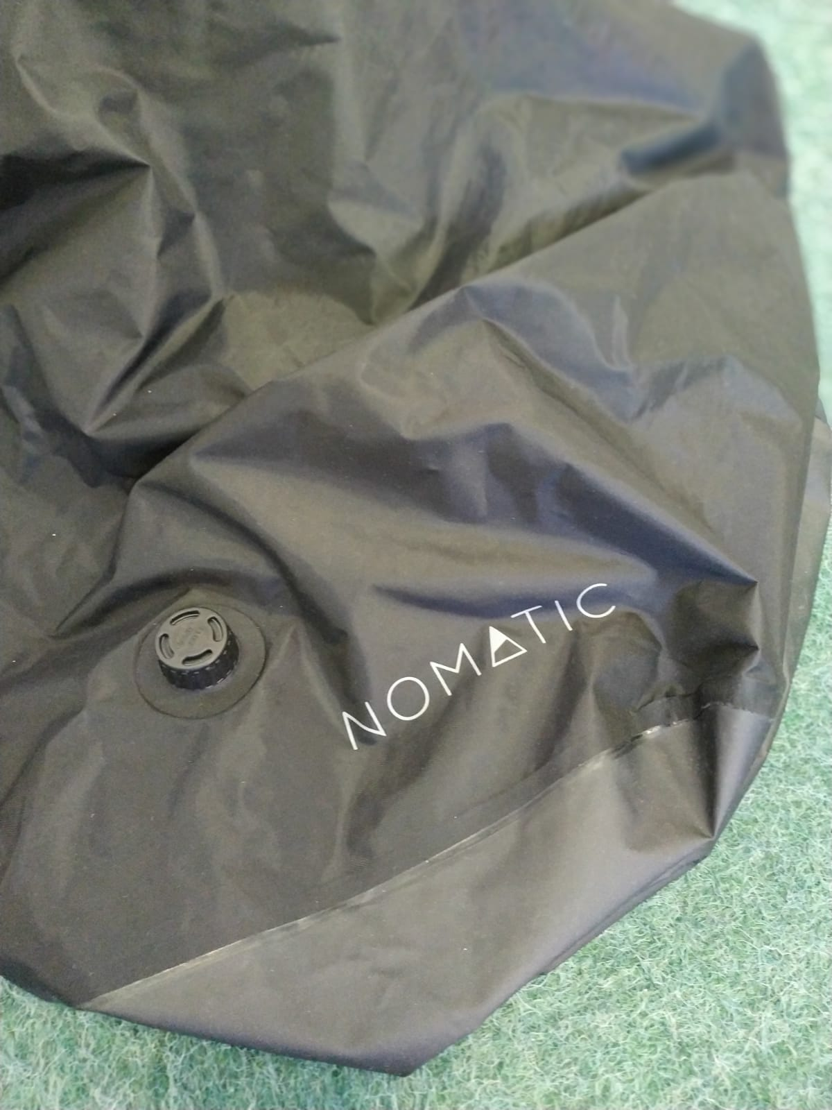 Vakuova taska nomatic