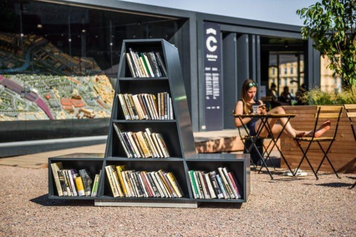 poulicni knihovna brno